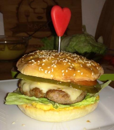 Domowe cheeseburgery :D